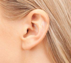 carre_chirurgie-des-oreilles